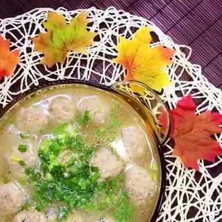 #美食#✨白萝卜丝丸子汤✨~✨皮蛋豆腐✨~✨炸紫苏叶✨