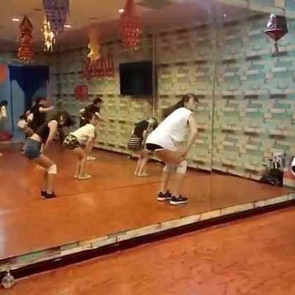 琳达视频的美拍-53个美拍短舞蹈视频jj撸图片