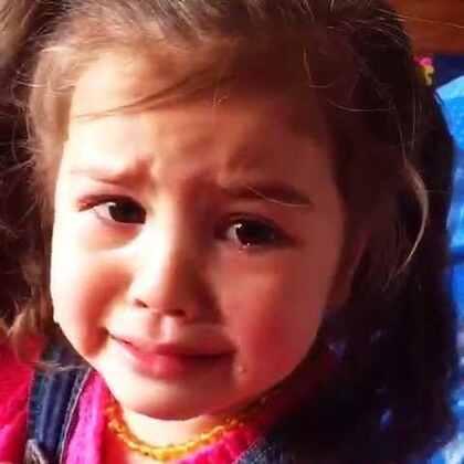 闺女每天都在告状哥哥,两个娃每天都在抢玩具😓麻麻每天都在当裁判😁#宝宝##混血宝宝##美拍小助手#