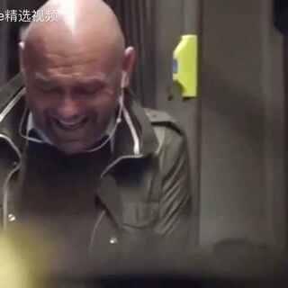 笑容可以传染,可以带来快乐#笑声大赛#。华人交友👉👉关注微信公众号:心动三十一天