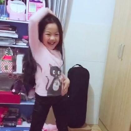 疯狂的舞蹈世界 你懂的 跳嗨了哈哈哈哈#随手美拍#😂