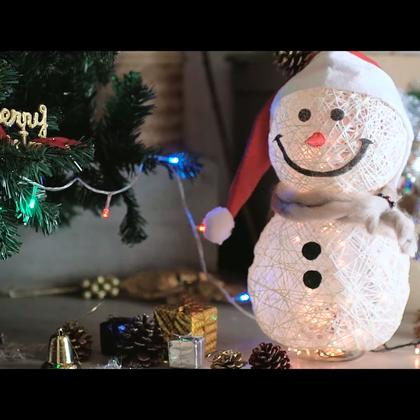 #逆天神技#【萌萌哒圣诞雪人灯】用一捆毛线做个会发光的萌宠~有它会让你更喜欢过圣诞!撒狗粮环节,来秀一秀你们打算怎么过圣诞?@造物集#造物集#
