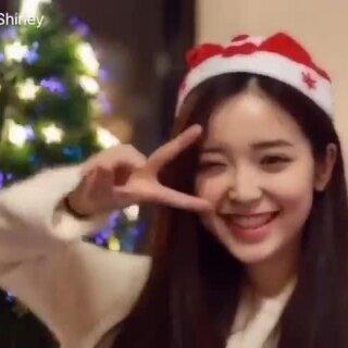 祝大家圣诞快乐❤关注新浪微博:金雯昕Shirley 👏🏻👏🏻👏🏻有圣诞节粉丝福利喔!🎉~#送给圣诞节的歌##随手拍圣诞##音乐##我要上热门#
