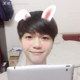 #随口唱##激萌翻唱##韩语##音乐# IU - 星期五见面 兔子谁家的快认领 😏