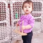 一块钱的衣服和裤子,好像还不错😆 #宝宝##混血宝宝## 在学校里大动作真的突飞猛进,这几天就突然能矫健地走了,真应该早点送你学校😄