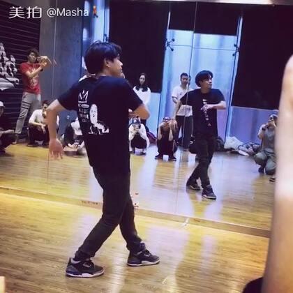 #舞蹈##poping##音乐##男神#