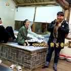 女排队员惠若琪、丁霞、袁心玥前来做客,刘宪华贴心给她们烧火准备了暖炕,让三位姑娘大感暖心。她们抱起小H在炕上玩耍,却不小心让小狗尿在了床上,这可如何是好呢?精彩内容尽在每周日22:00湖南卫视《向往的生活》!
