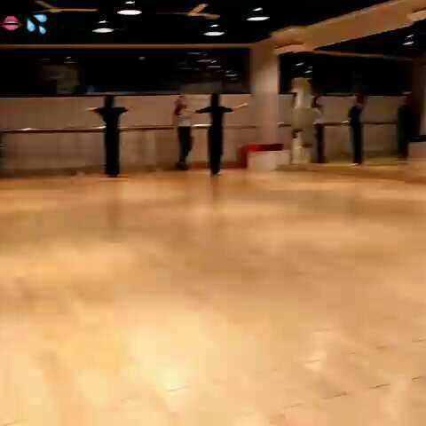 今天扣的,来跳嘎舞#舞蹈##5分钟美拍#-视频视舞蹈悍妇图片