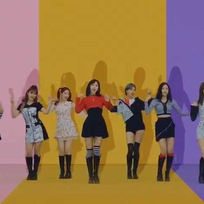 Hi all, this is May J! Twice is back with their new song, 'Knock Knock', and I've participated in the choreography. Thank you Lia for helping me as the producer, and many thanks to the nine dancers that helped me in the making of the moves! Thank you~