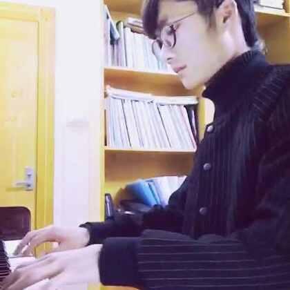 蒲公英的约定 周杰伦 钢琴 #音乐##自拍##蒲公英的约定# 你是我的优乐美啊~~