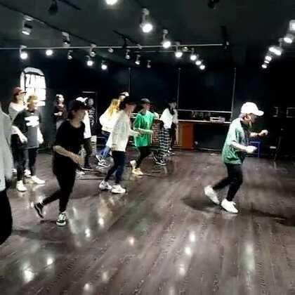 [嘉禾舞蹈工作室西安店]3.22集训课❗ 姚珂老师基础班!!!🌻🌻🌻#随手美拍##嘉禾舞蹈工作室#