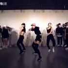 #最火电音舞samsara##jane kim编舞##舞蹈#听说这舞蹈很红,就是看到跪地那动作帅帅的,我看着膝盖就疼😂😂😂