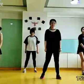 #鸭梨酱啊啊啊##舞蹈#西安东二环华翎舞蹈#街舞#女子街舞