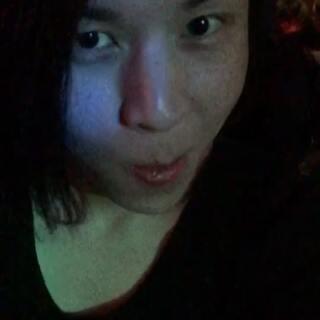 #夜店##伪娘#@美拍小助手 搬家了,好久不见,匆匆一瞥。