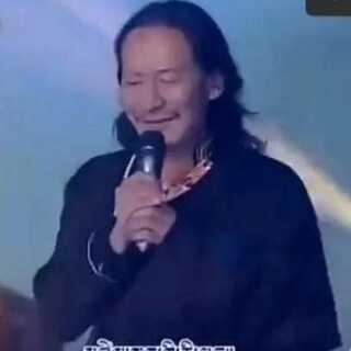 歌手《德白、岗毅、阿山、巴金旺甲、德勒闹吾》的#一首好听的藏歌##藏族歌曲##音乐#一首(心里呼唤)在线,这首歌的词和曲都非常棒。