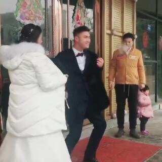 新郎被支燃了#精选##婚礼##结婚啦#
