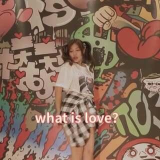 #what is love?##问号舞##舞蹈#哎呀 一个爱跳舞的小胖子的??爱心发射器。哈哈哈