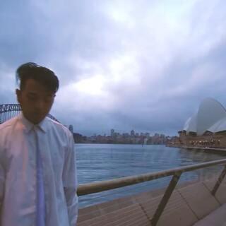 #舞蹈##申旭阔编舞##南京ishow爵士舞#Ishow学舞蹈咨询电话同微信📱13770971242🎵@阔少_申旭阔 阔少澳大利亚悉尼歌剧院街头Solo——《Time》
