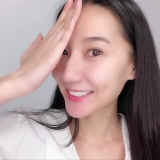 之前和大家聊过为什么要选季抛,这次来和大家聊聊如何选颜色~zan?liu?zhuan抽一名宝贝送美瞳一副??