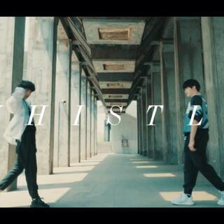#舞蹈##1milliondancestudio# 刘隽 x 林超泽合作舞蹈《Whistle》,两位小朋友第一次合作默契十足✨未来可期,后生可畏,期待你们接下来更多的精彩💪🏻