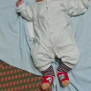 两个月28天,翻身翻到崩溃了#宝宝##搞笑宝宝#